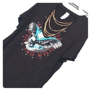 Cut out graphic tee with chain detail